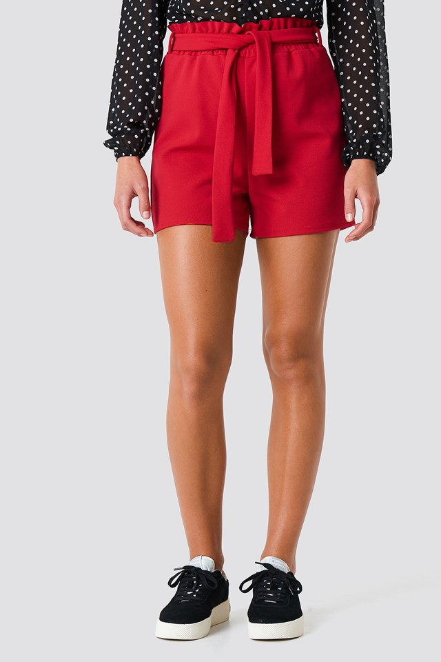 Noto Shorts Red