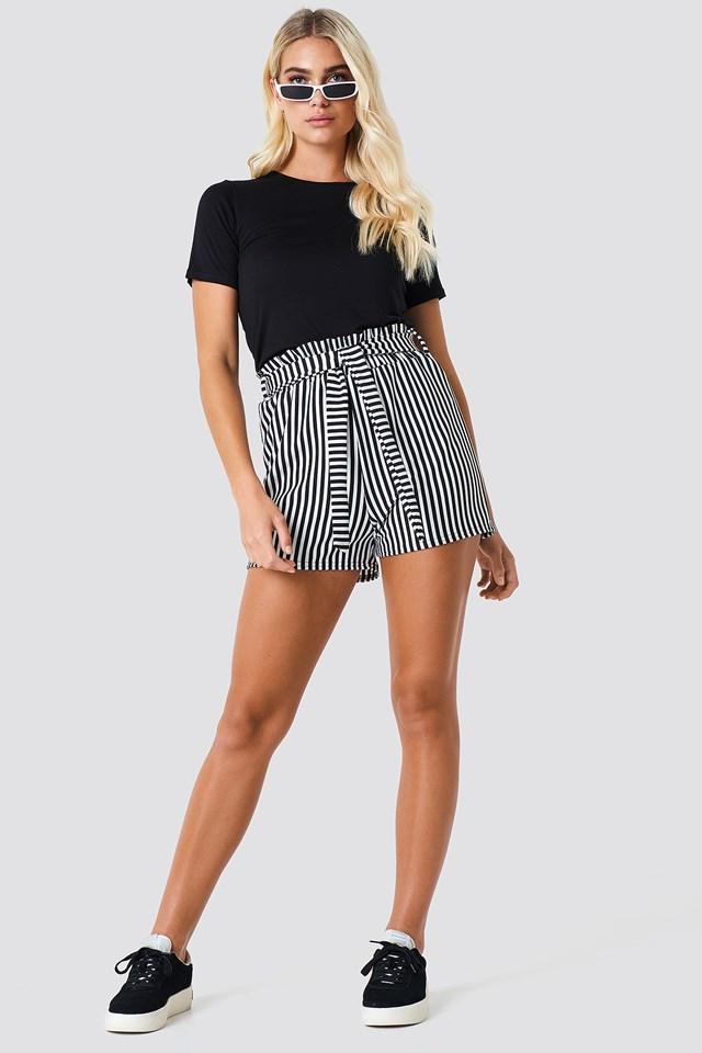 Noto Shorts 1 Cream/Black