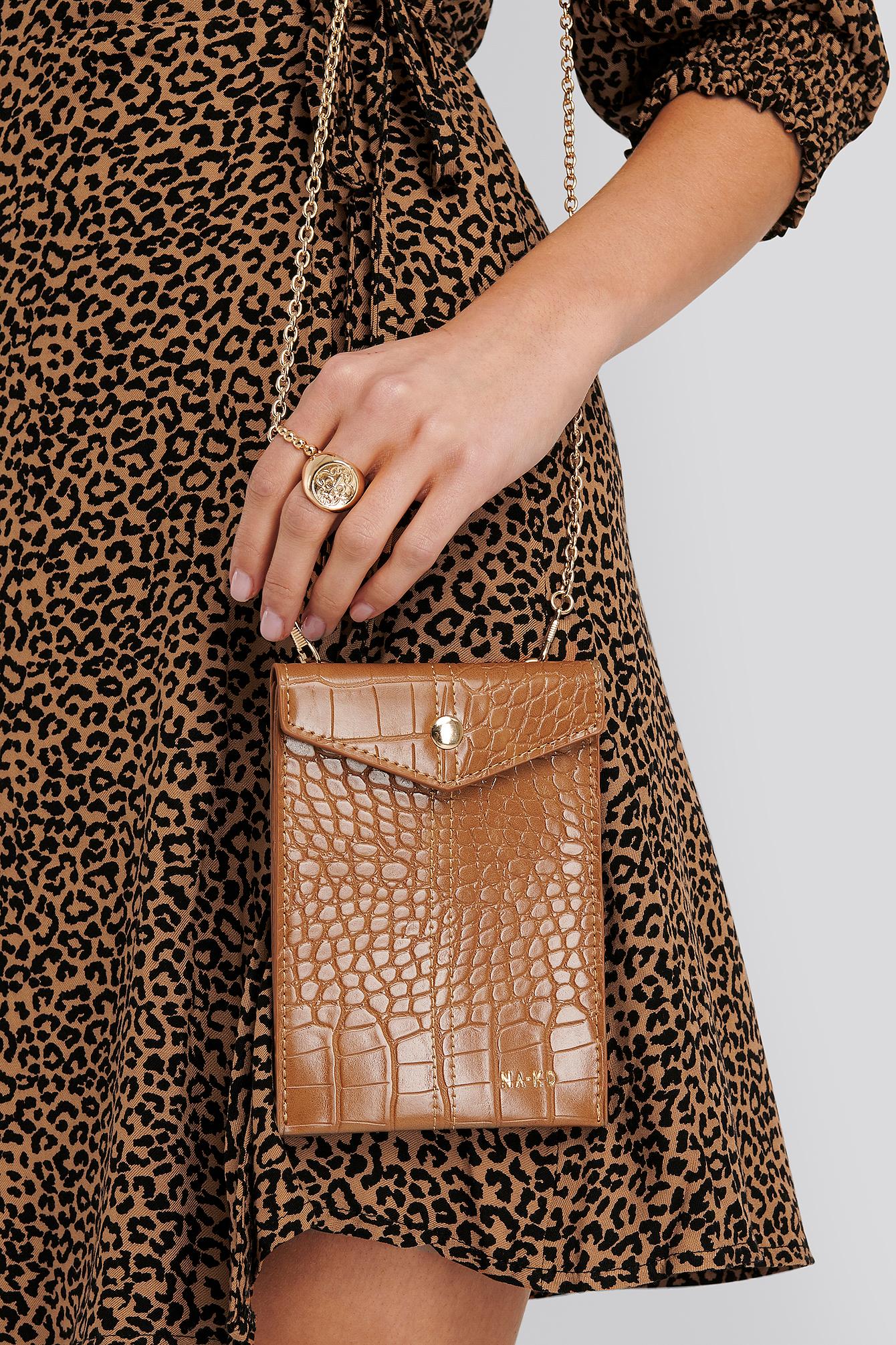na-kd accessories -  Small Crossbody Chain Bag - Brown