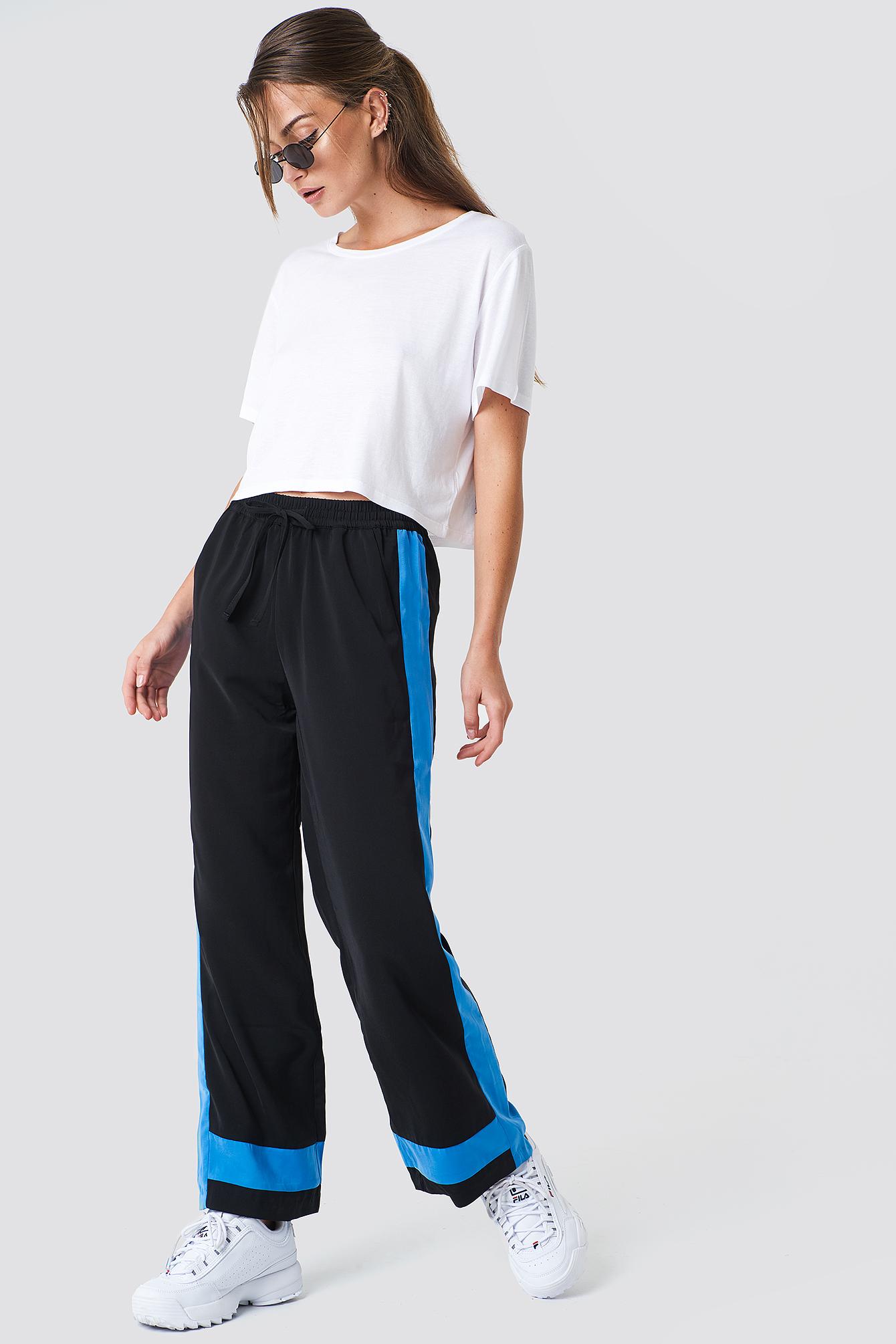 Spodnie Nikka NA-KD.COM