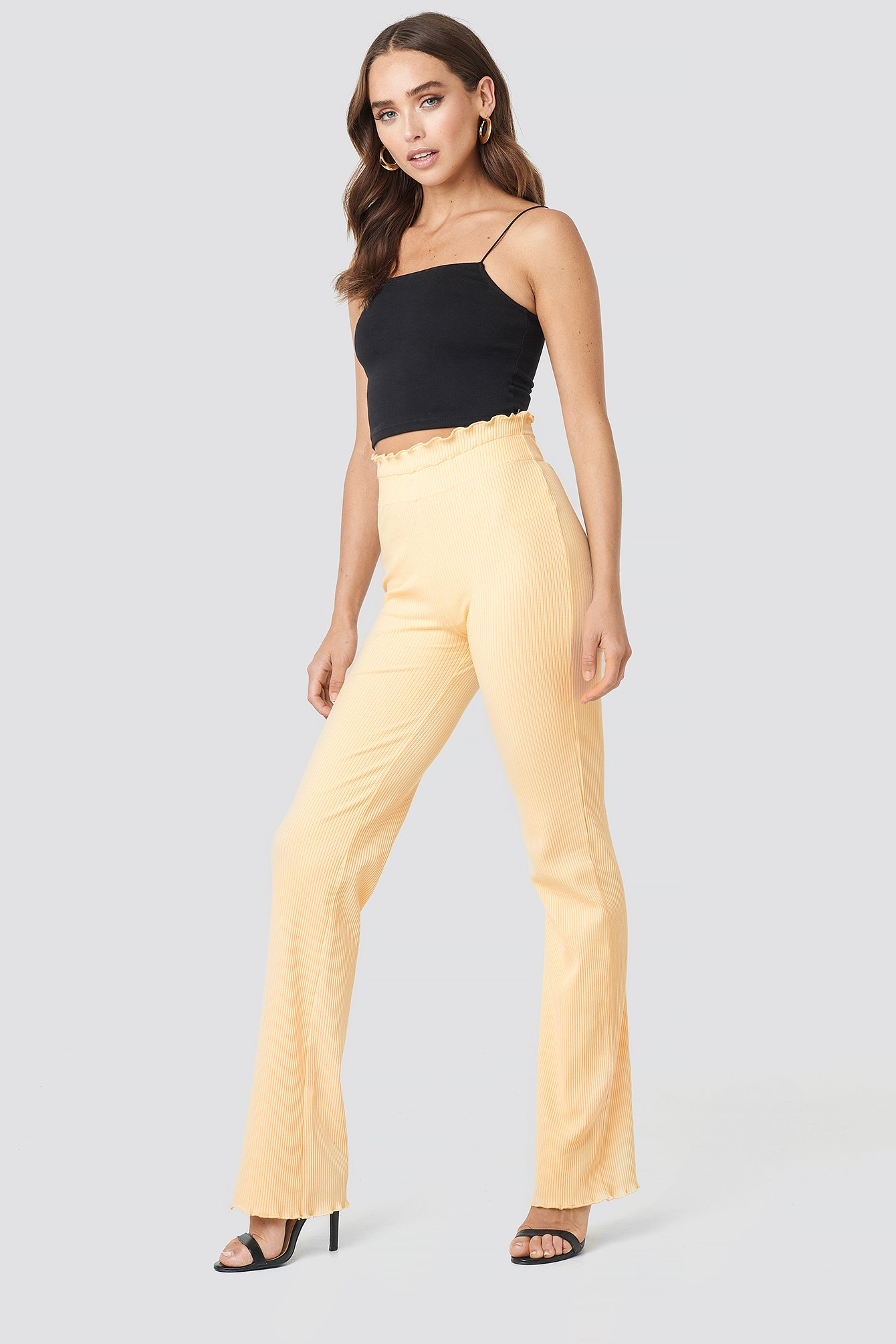 statement by na-kd influencers -  Erica Kvam Ribbed Pants - Beige