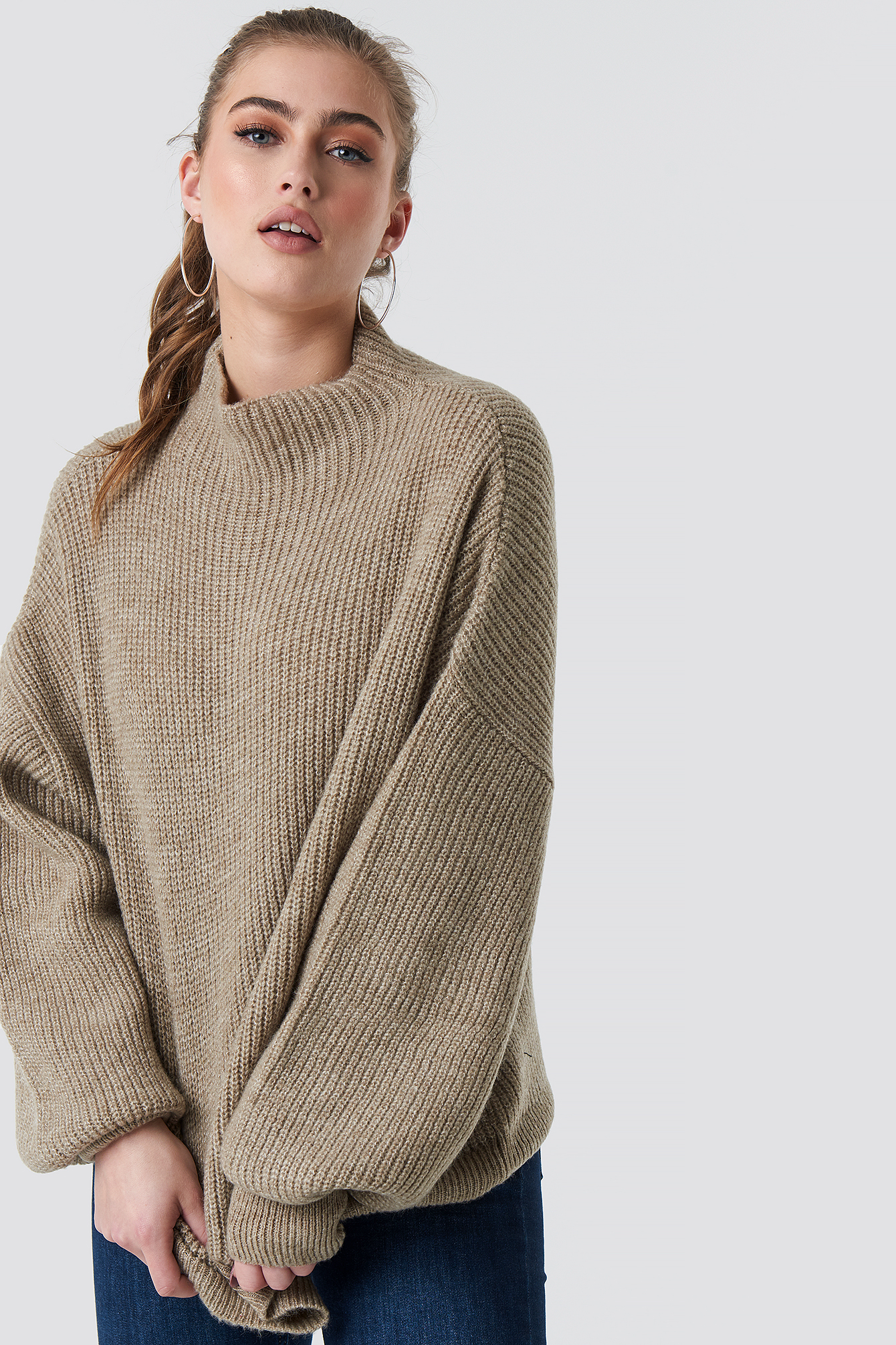 statement by na-kd influencers -  Jennifer Andersson Knitted Sweater - Beige