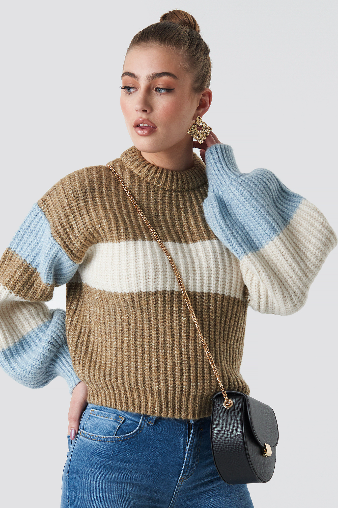 statement by na-kd influencers -  Louise Jorge Sweater - Beige,Blue