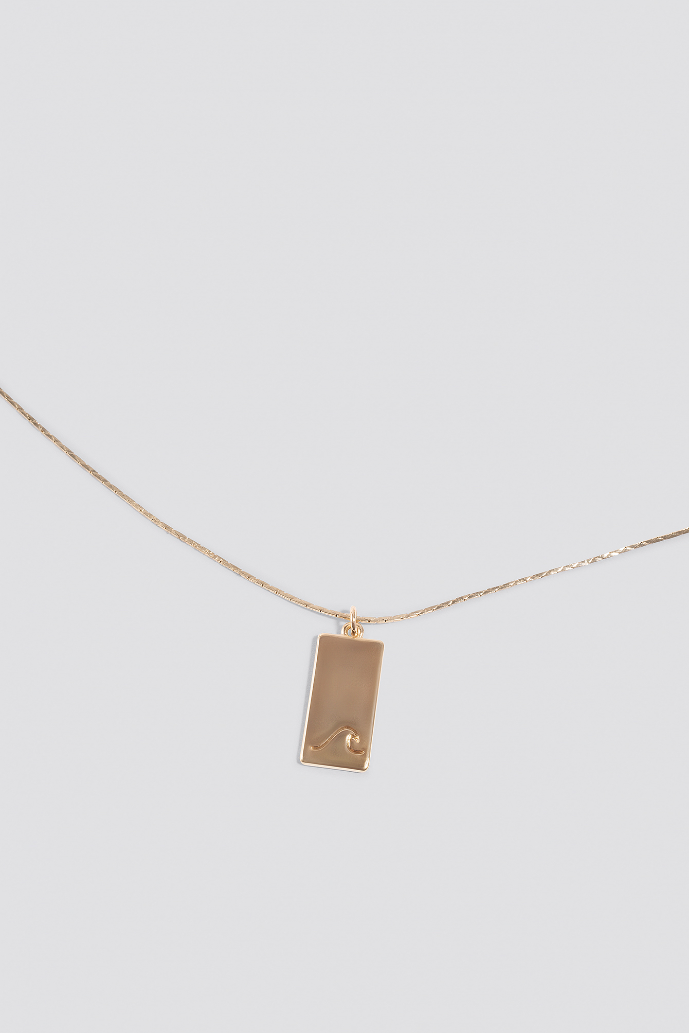 Matilda Djerf Wave Necklace NA-KD.COM