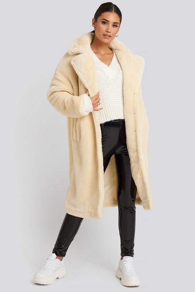Faux Fur Coat White Outfit