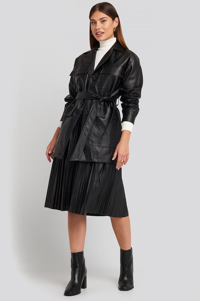 Power Shoulder Pu Jacket Black Outfit