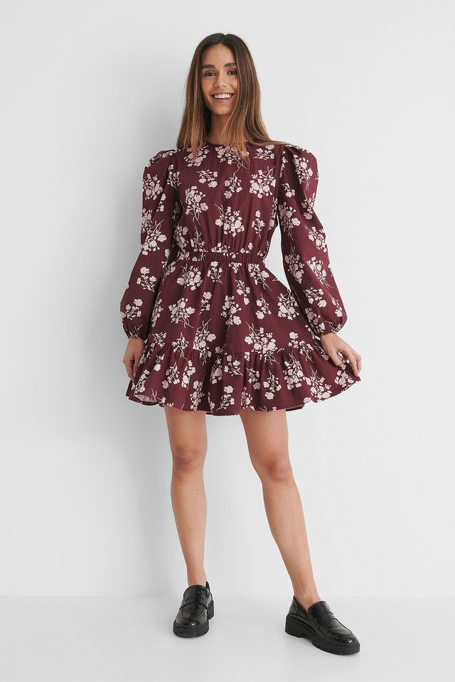 Elastic Waist Long Sleeve Floral Dress Outfit.
