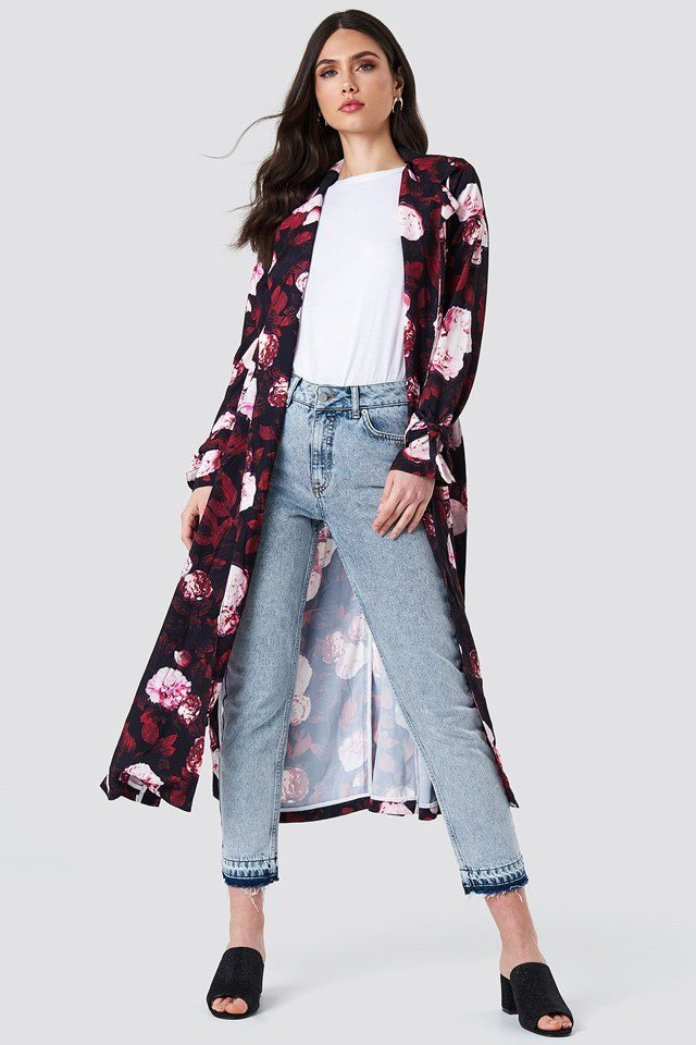 Floral Trenchcoat Outfit