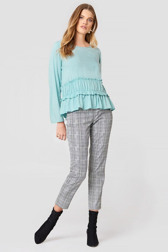 Waist Seam Blouse with Checkered Trousers