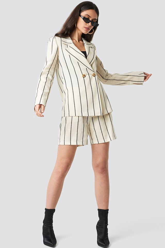 Stripes Blazer and Shorts Outfit