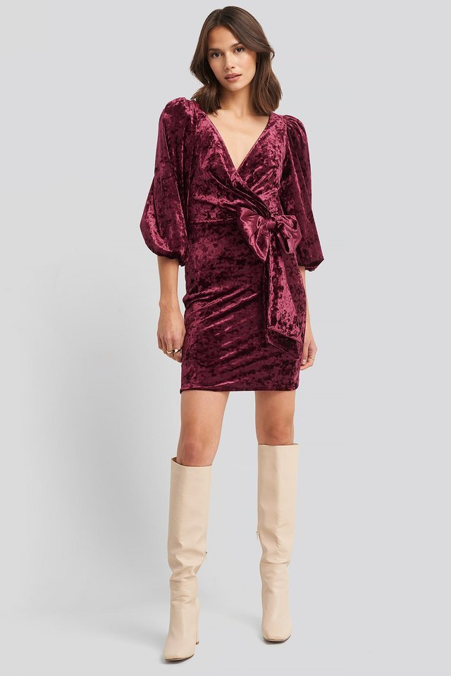 Ribbon Detailed Balloon Sleeve Dress Outfit.