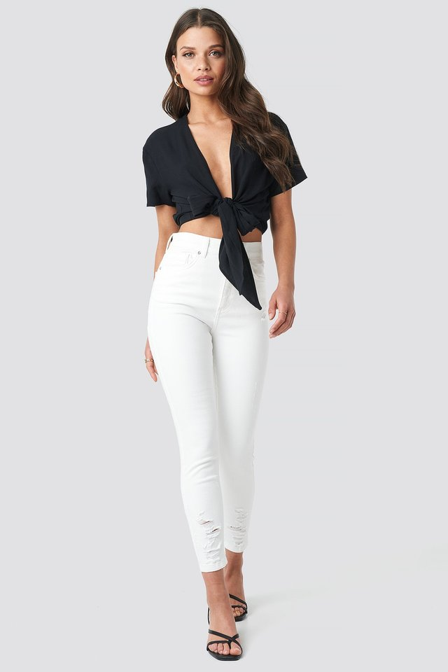 Tie Front Cropped Short Sleeve Blouse Outfit.