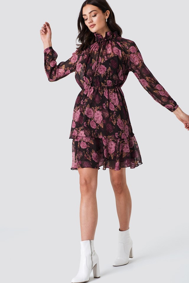 The Cute Flower Dress Look