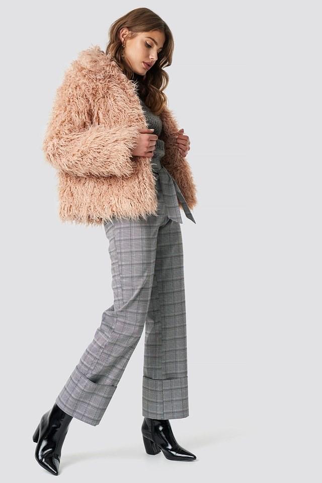 Short Fluffy Jacket Look