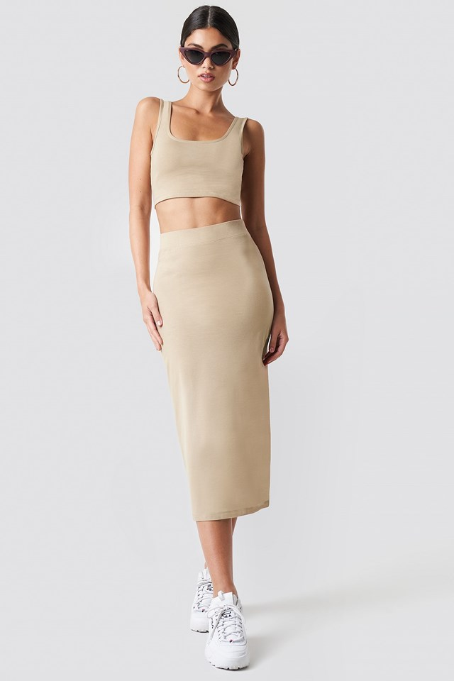 Long pencil skirt