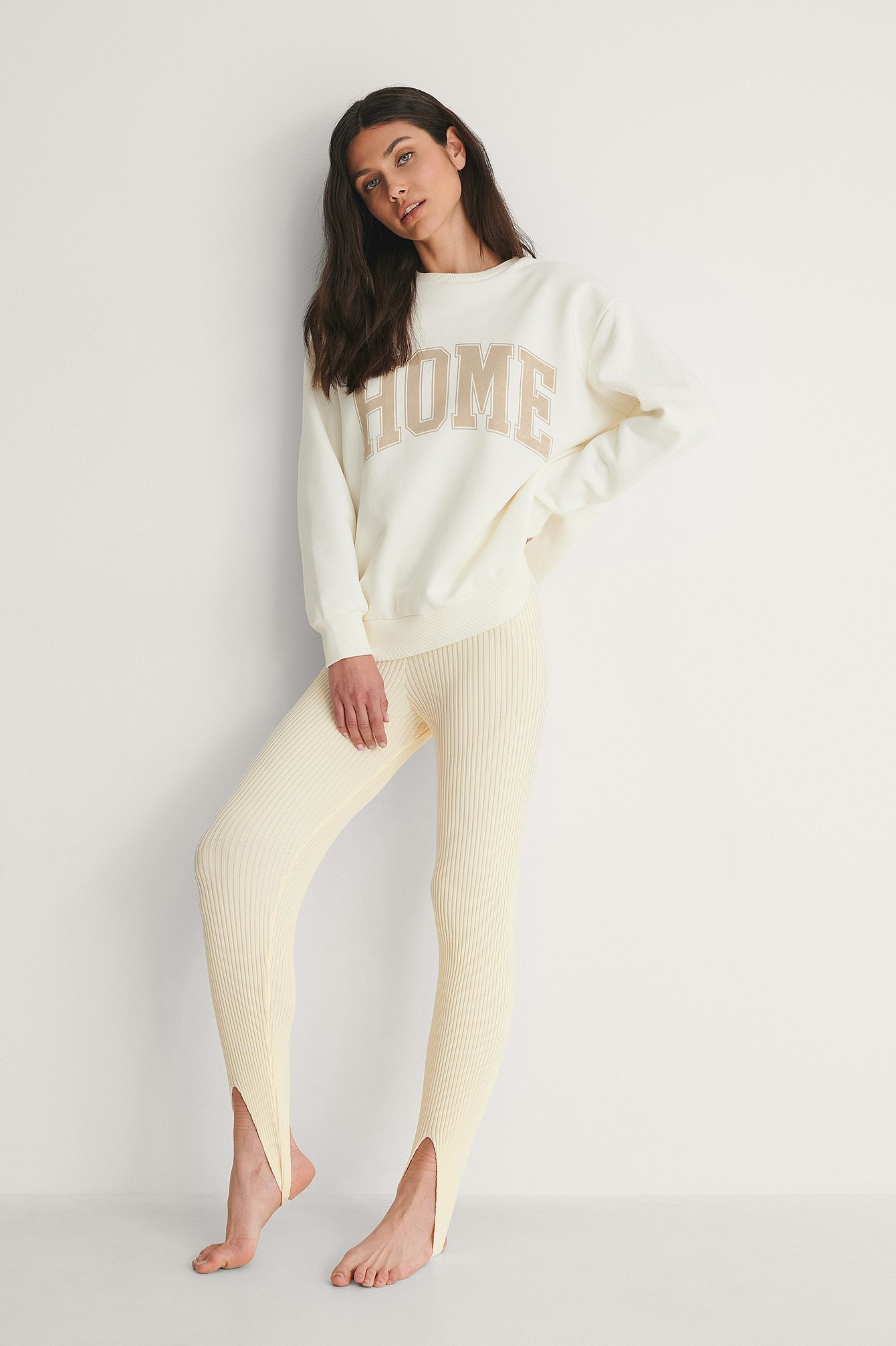 NA-KD Open Heel Knitted Leggings Outfit