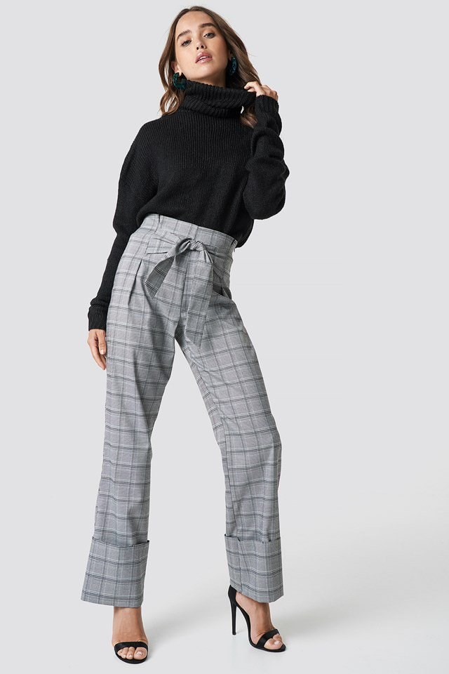 Knit Meets Checkered Pants Outfit