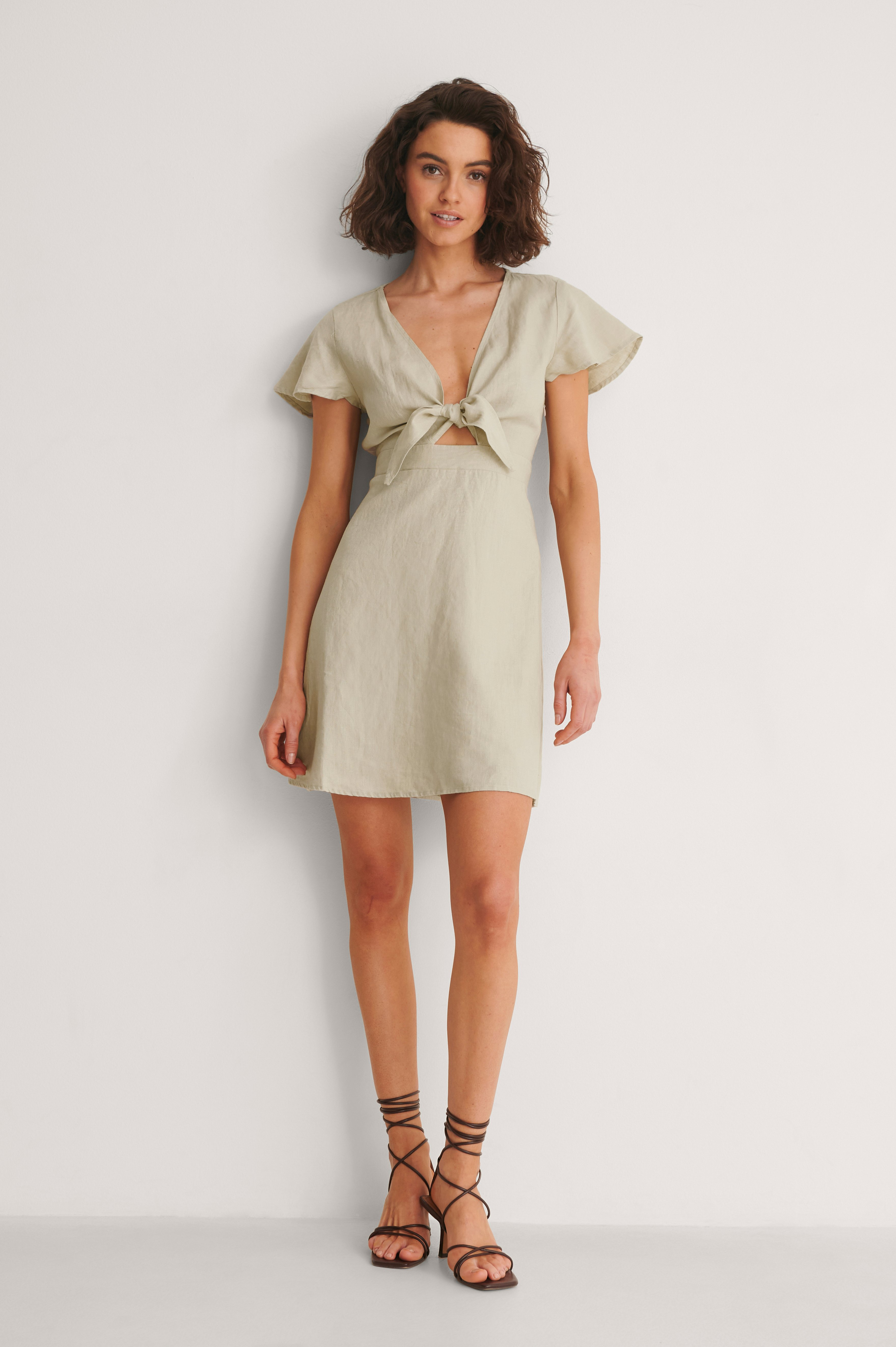 Tie Front Linen Dress Outfit.