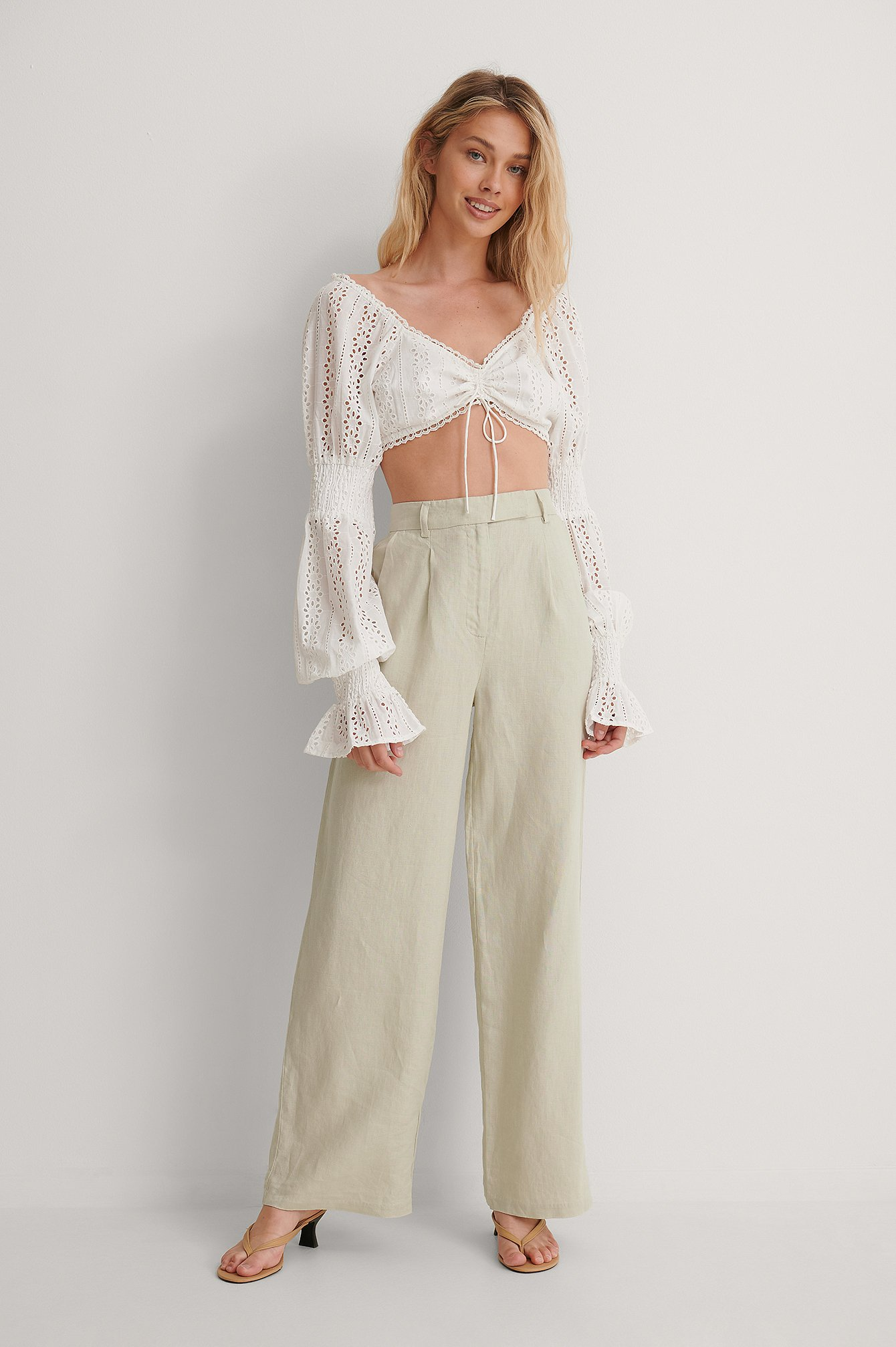 Cropped Anglaise Blouse Outfit.