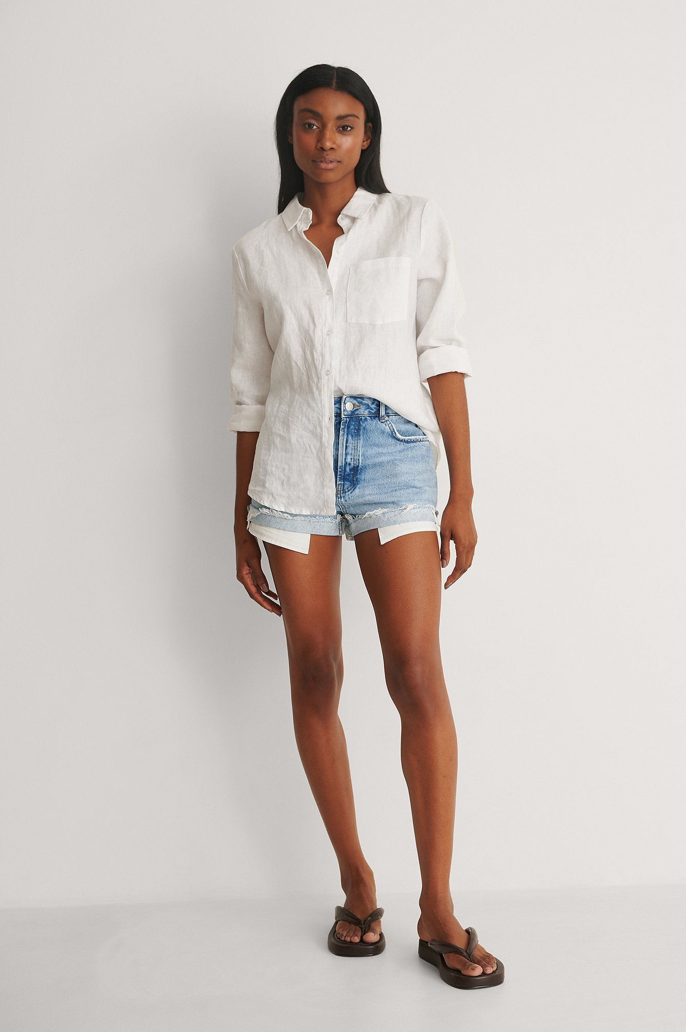 Vintage Look Fold Up Denim Shorts Out Outfit.