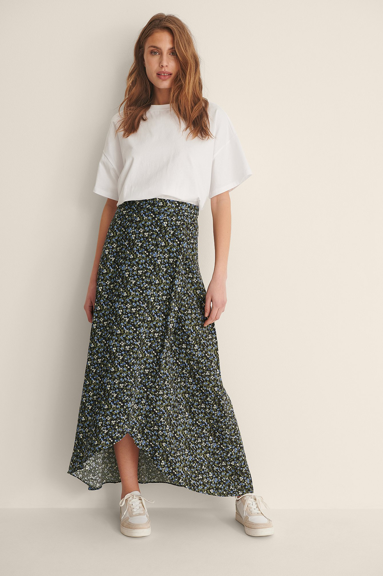 Overlap Printed Maxi Skirt Outfit.