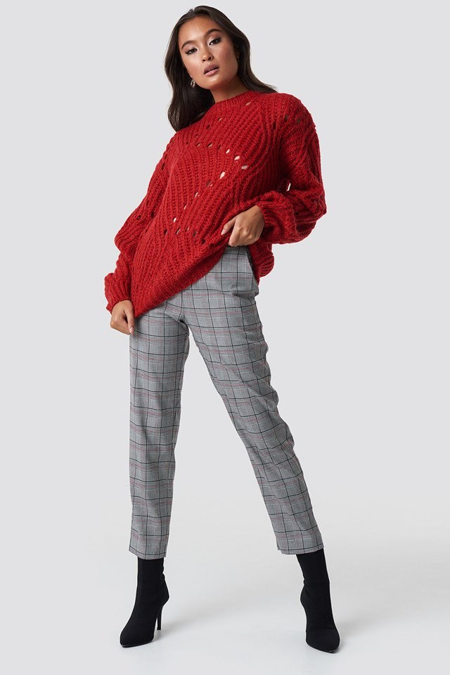 Relaxed Red Knit Checkered Outfit