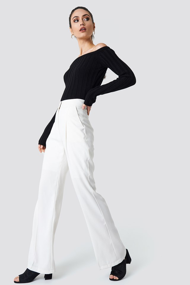 Black Top with High Waisted Pants