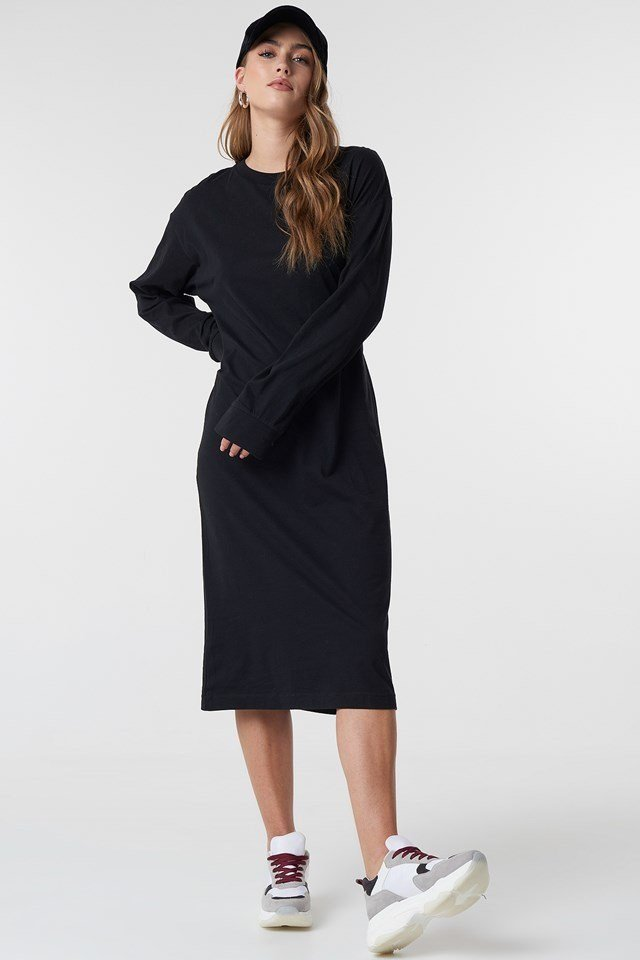 Sporty Long Sleeved Dress Outfit