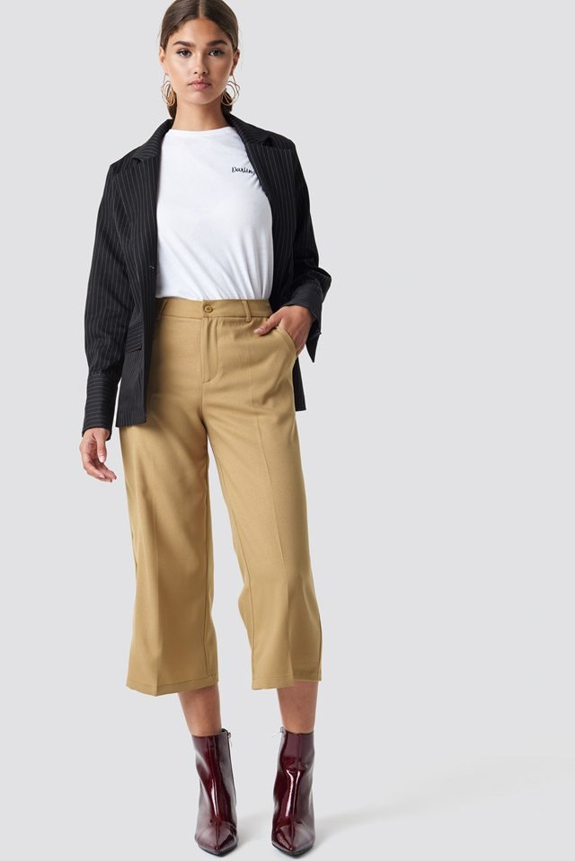 Beige Cropped Trouser X White Tee Outfit