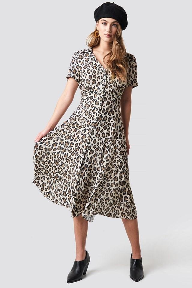 Leo Dress X Beret Outfit