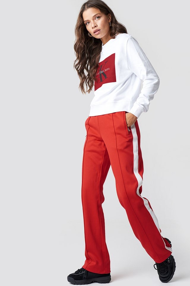 Sporty Red Outfit.