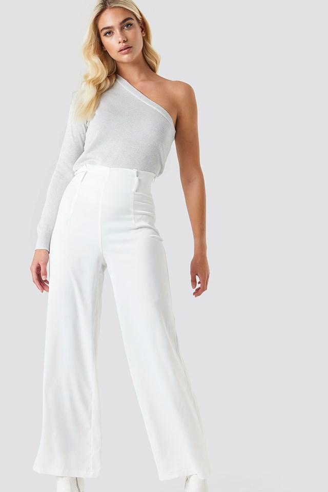 Elegant One Shoulder Outfit