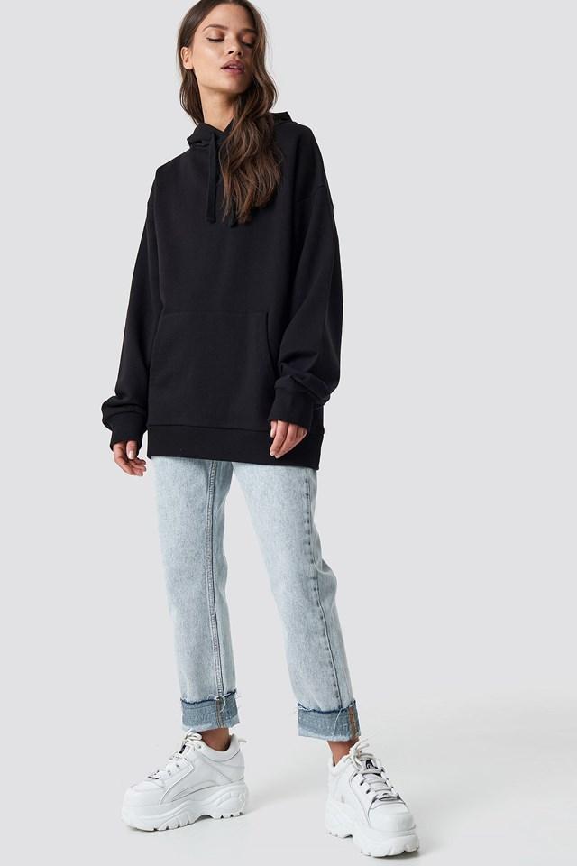 Unisex Hoodie Black Outfit