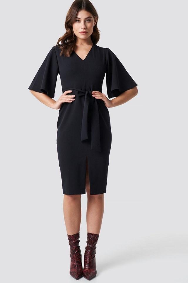 Milla Classic Midi Dress Outfit