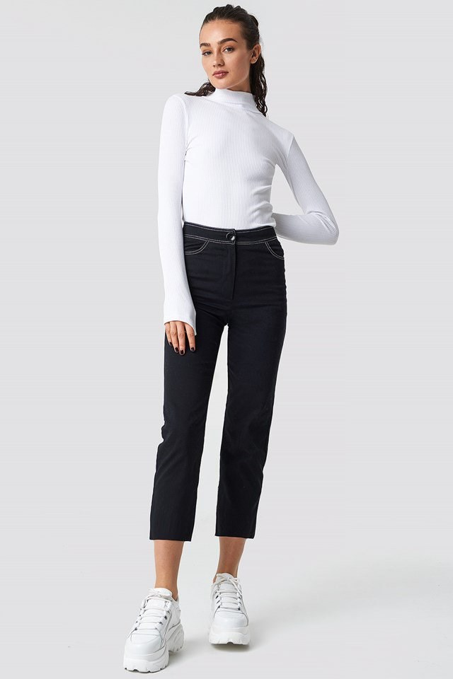 Casual contrast seem cropped pants outfit