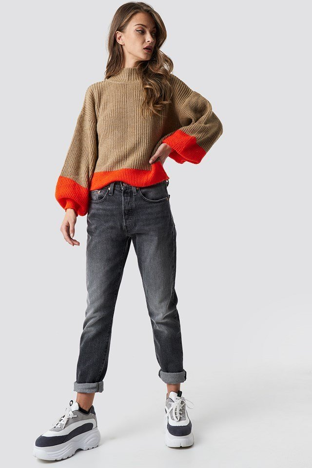 Cozy blocked hem balloon sleeve sweater outfit