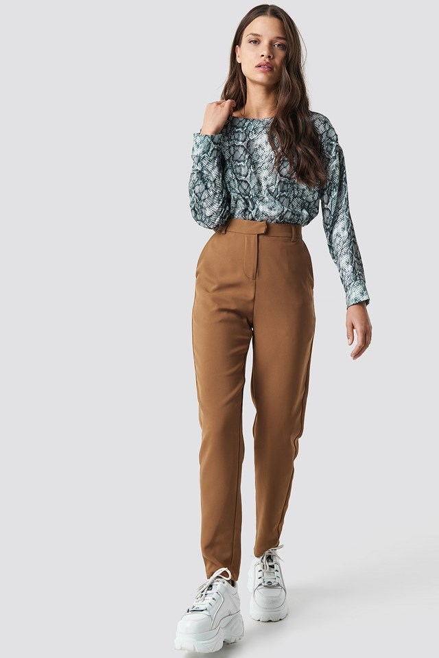 Stylish snake print blouse outfit