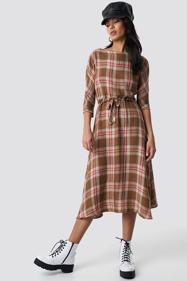 Camila midi dress outfit