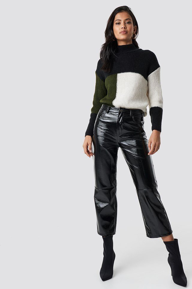 High neck colour block sweater outfit