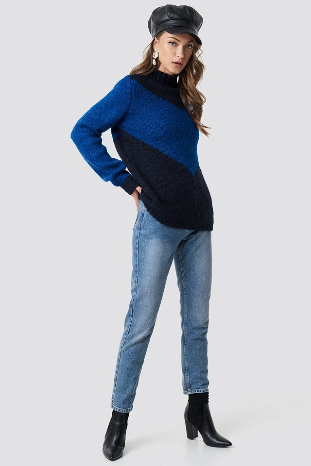 High neck v-blocked sweater outfit
