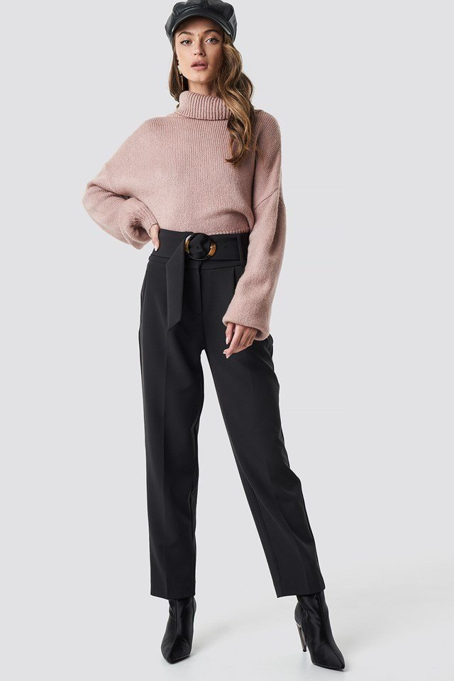 Pink knitted polo sweater outfit
