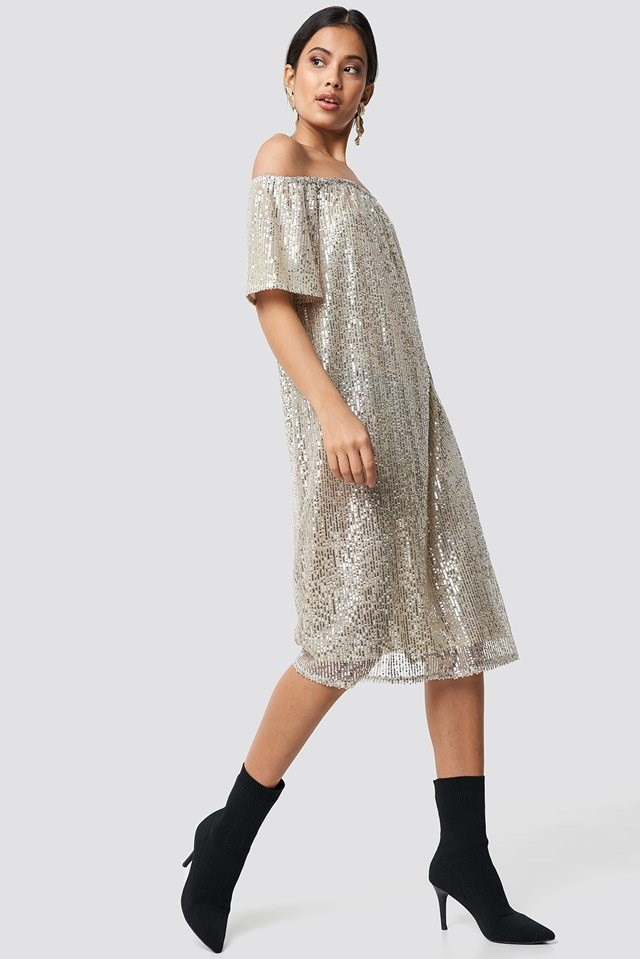 Silvery ruched off shoulder dress outfit