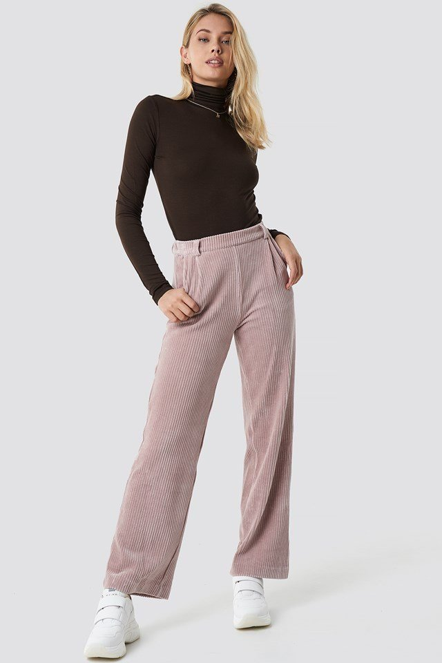 Silvia Loose Pants Outfit