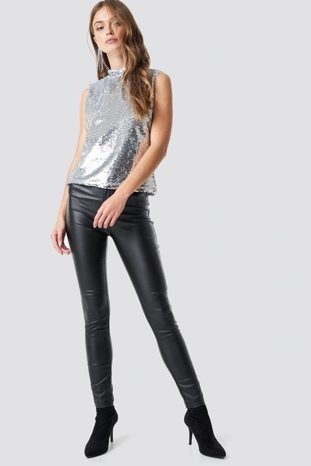 Mock Neck Sequins Top Outfit