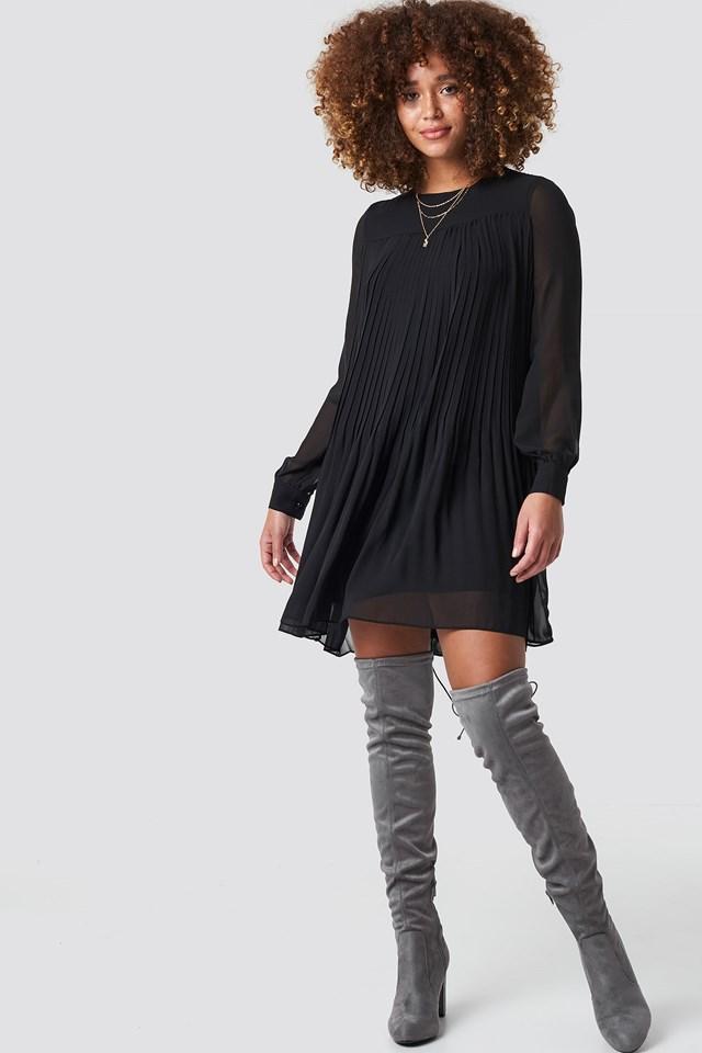 Flowy Dress Outfit