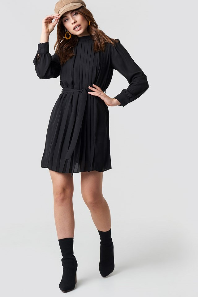 Black Mini Dress Outfit