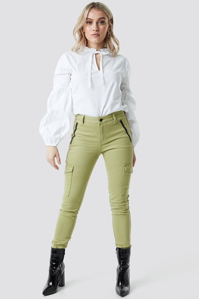 Puff Sleeve Blouse Outfit