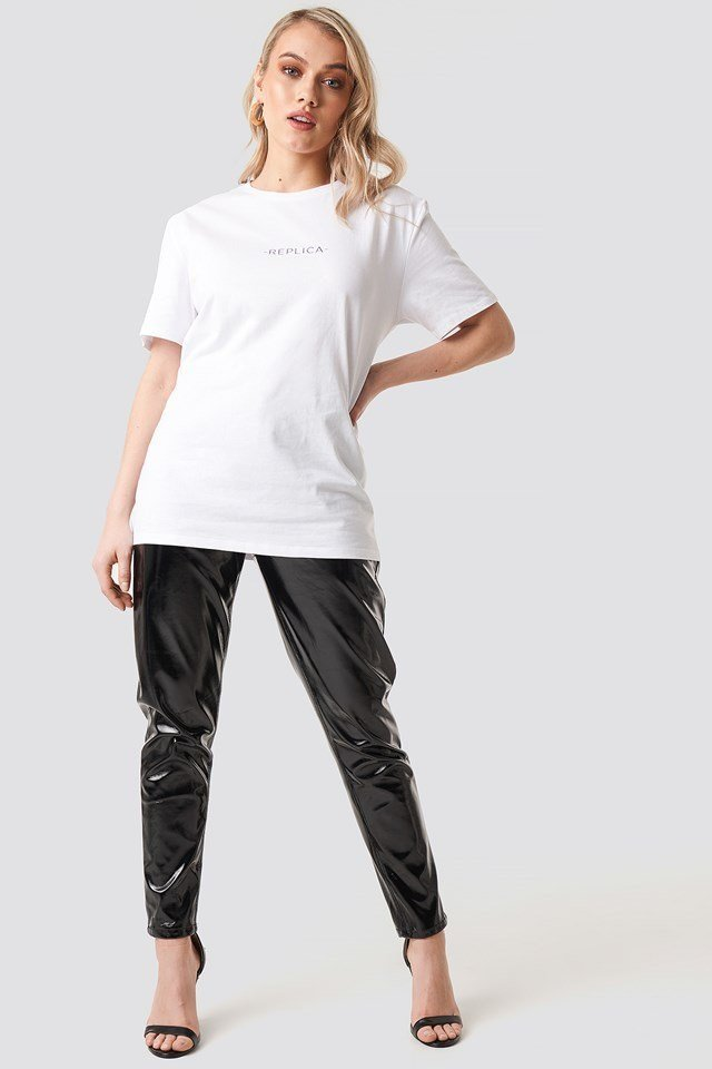 Logo Tee Outfit