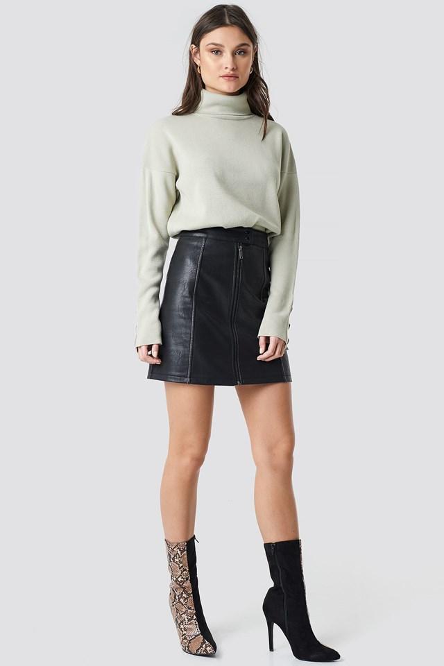Green Button Sleeve Highneck Sweater.