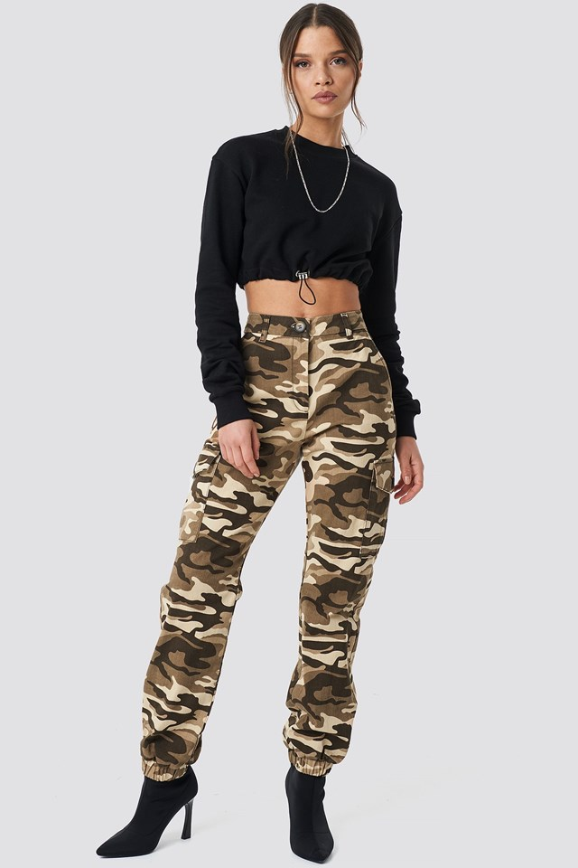 Beige Camo Cargo Pants Outfit